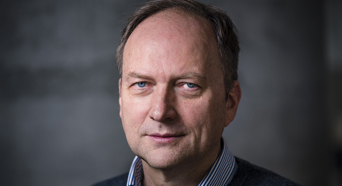 Professor: Michael Kjær